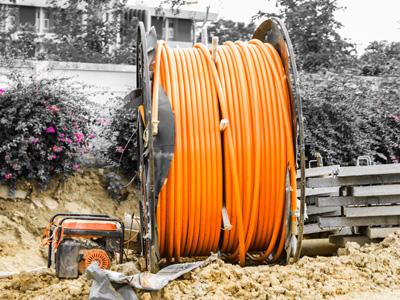 Instalación de linea soterrada de alta tensión