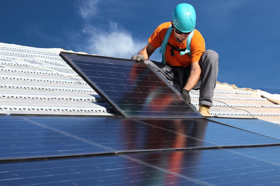 Energía fotovoltaica: El sol sale para todos