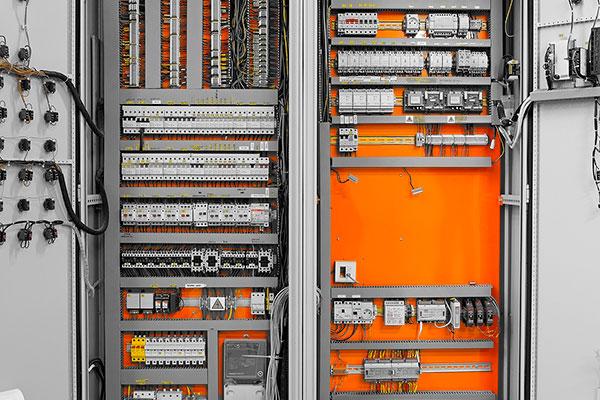 Diseño y montaje de cuadros eléctricos y cuadros de distribución