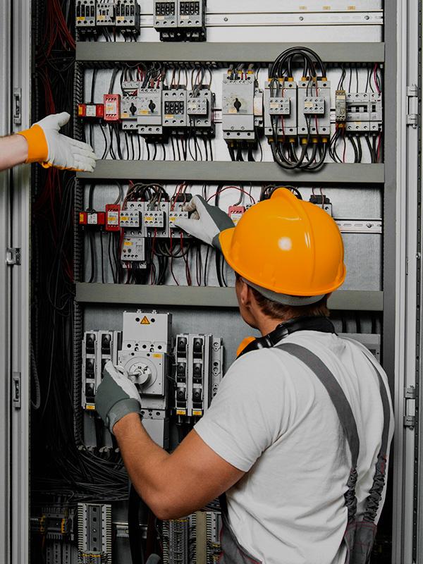 Instalaciones eléctricas industriales en Cuenca y Toledo